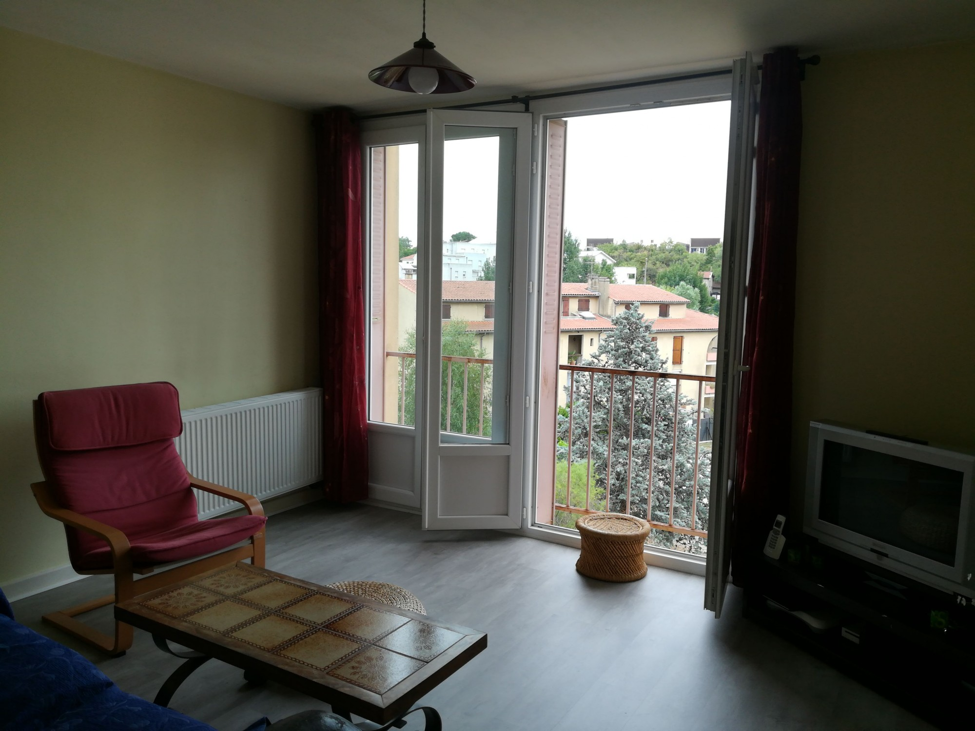 LOCATION APPART CHATEAUVERT VALENCE 26000