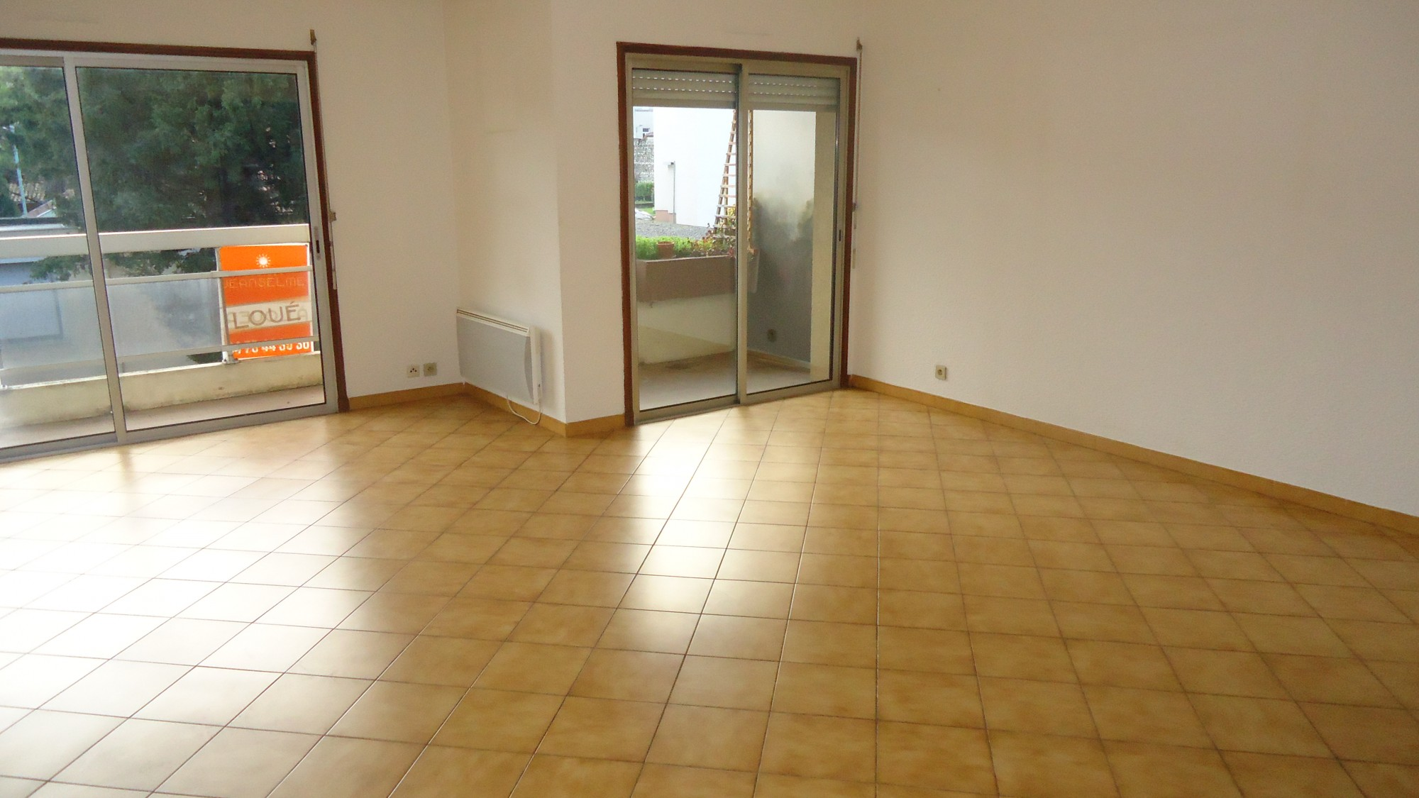 Bourg les valence appartement 80 m vendre avec garage for Agence immobiliere valence