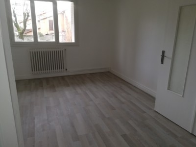 IMMOBILIER VALENCE 26000 LOCATION D APPARTEMENTS RENOVES AVEC 2 CHBR